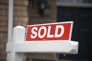 sold sign in front of Kelowna home