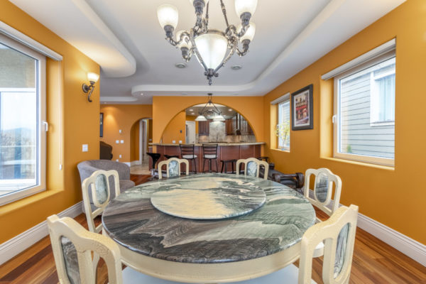 3860 Beach Ave Quincy Vrecko Luxury Real estate