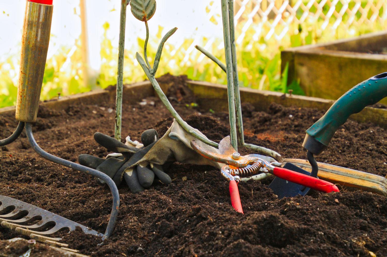 garden prep-Quincy Vrecko Kelowna Real Estate