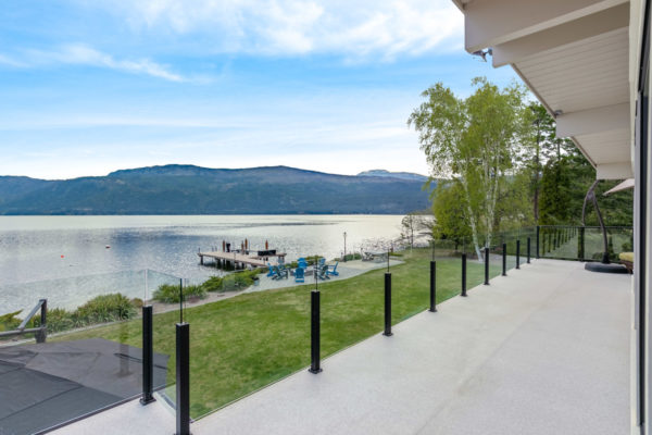 15870 Whiskey Cove Waterfront home