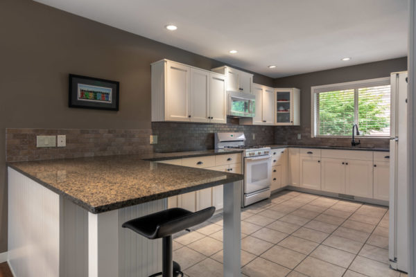 white kitchen Tracey Vrecko Kelowna Real Estate