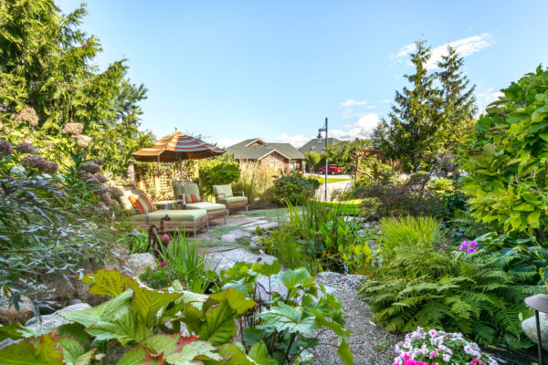 landscaping pond Quincy Vrecko Kelowna Luxury Real Estate