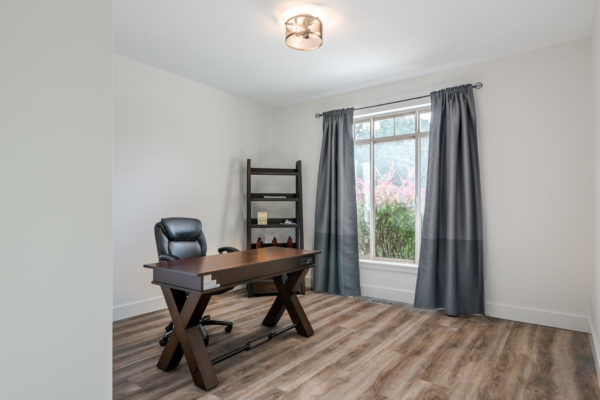 white office Quincy Vrecko Kelowna Real Estate