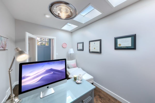 white office Quincy Vrecko Kelwona Luxury Real Estate