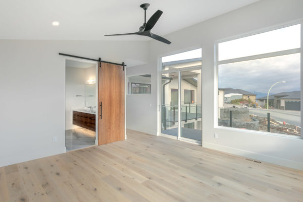 Master bedroom with a view QVA