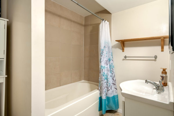 Downstairs ensuite townhome