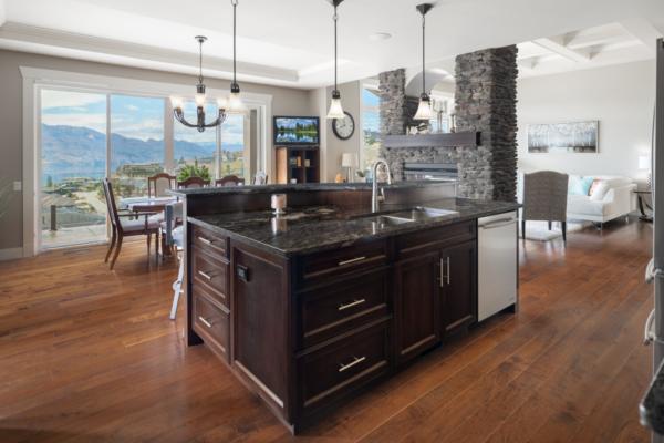 1477 Pinot Noir Drive - luxury kitchen - Quincy Vrecko