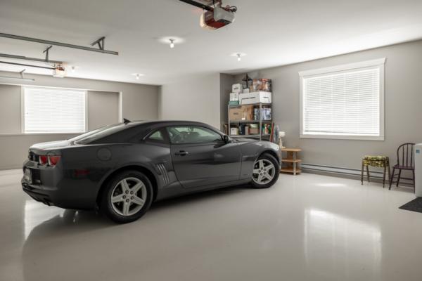 1477 Pinot Noir Drive - luxury garage - Quincy Vrecko