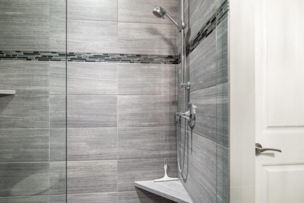 1477 Pinot Noir Drive - modern shower - Quincy Vrecko